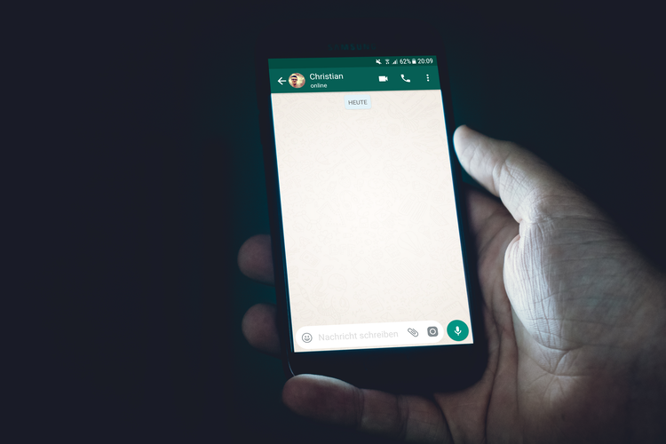 WhatsApp Privacy Policy Update Communicated So Badly Users Fled To Other Services | Matt Silver PR